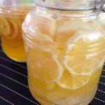 レモン酢の効果、飲み方や量、作り方レシピは?ダイエットや美肌、高血圧にも効果的!