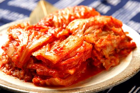 キムチの賞味期限切れ開封後1ヶ月、すっぱいけど美味しい料理に変身!?