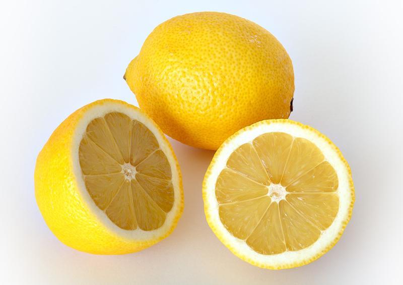 レモンの保存は冷凍でカットや丸ごともOK!はちみつレモンや塩レモンもおすすめ!