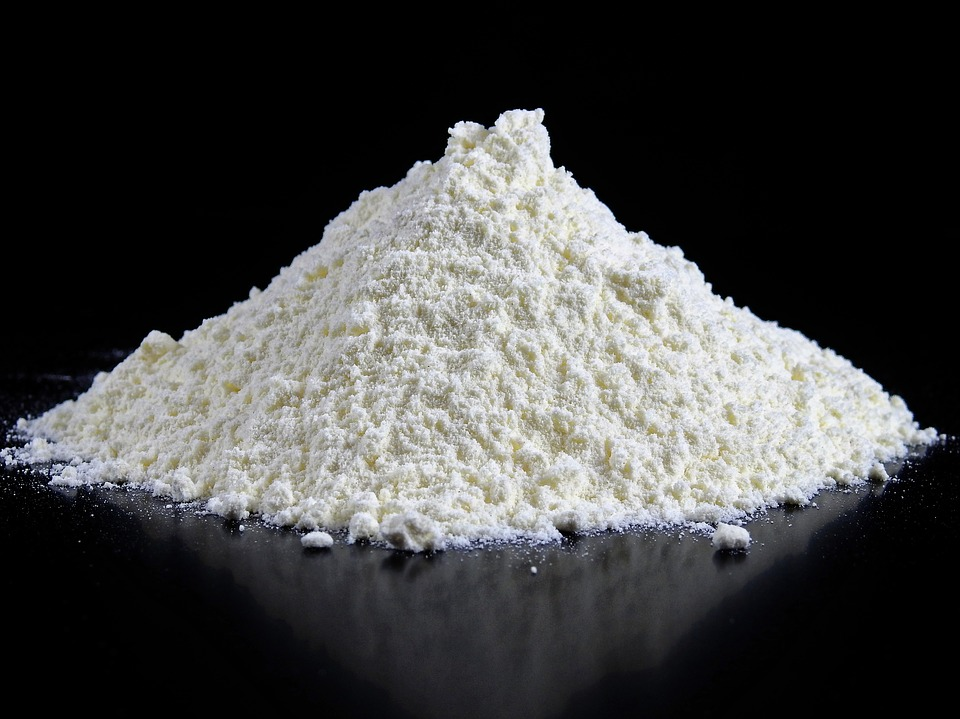 小麦粉の保存方法は冷蔵庫、冷凍庫?おすすめ保存容器や保存期間、ダニ防止には?